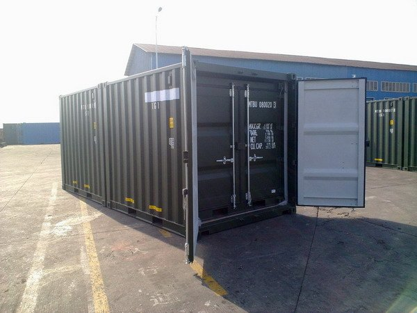 8 Amp 10 Green Ral 6007 Shipping Containers